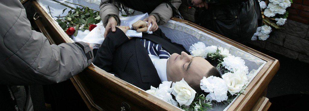 RT @SylvainBesson Début de @gaetanvannay comme pigiste au Temps! Lenteur suisse dénoncée ds enquête Magnitski